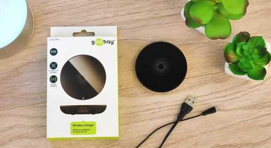 GooBay Universal Qi wireless charging pad