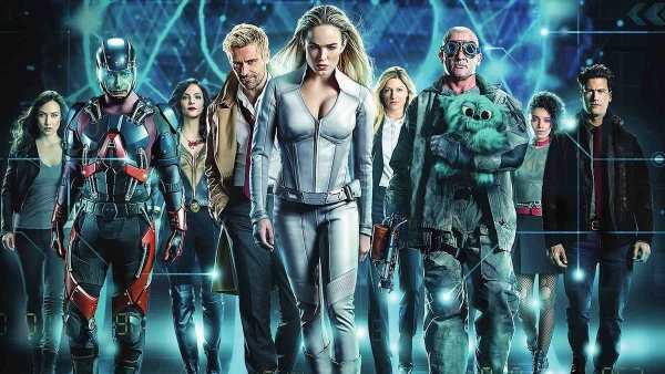 Review: 'DC's Legends of Tomorrow' Season 7 Premiere