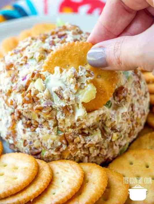 Pineapple Cheeseball with Ritz Crackers