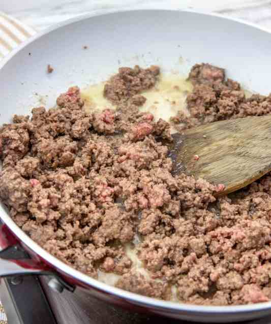 browning ground beef in skillet