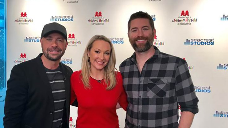 Josh Turner Joins CMT's Cody Alan and Katie Cook to Visit Patients