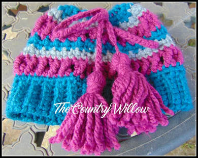 Teal and Tassels - A Free Crochet Pattern