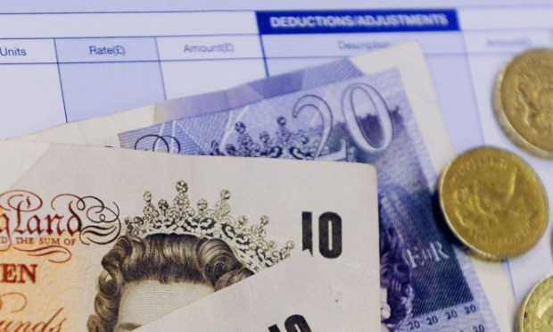 Companies which fail to pay the minimum wage must face stronger sanctions, said Noelle McLelland.