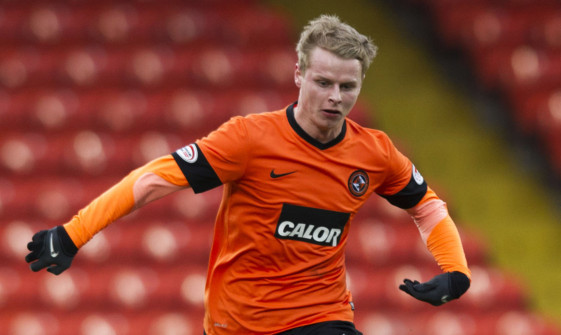 Gary Mackay-Steven in action for Dundee Utd.
