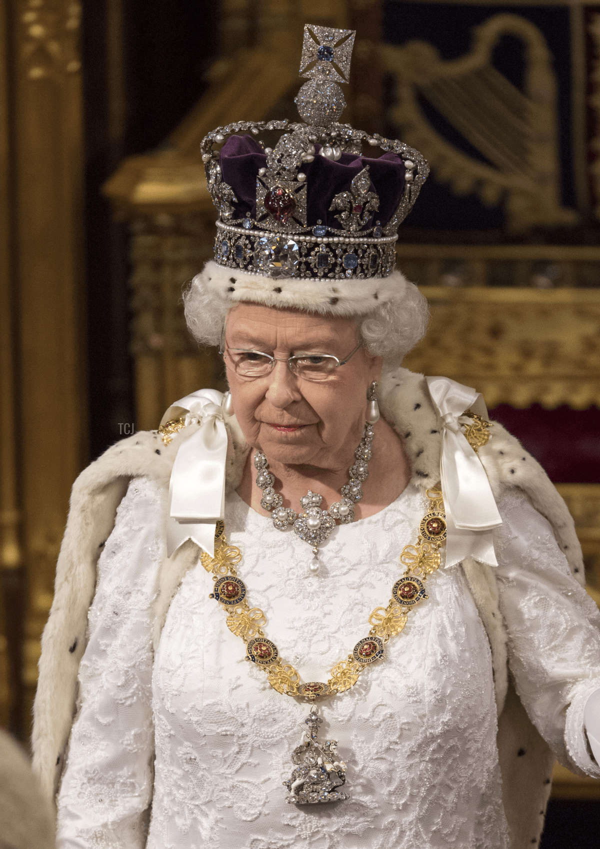 Queen Elizabeth II stands during State Opening of Parliament in the House of Lords at the Palace of Westminster on May 18, 2016 in London