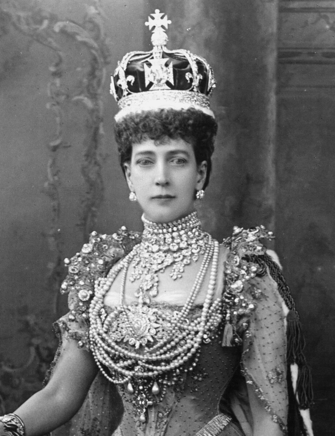 Alexandra of Denmark, queen of the United Kingdom, 1902