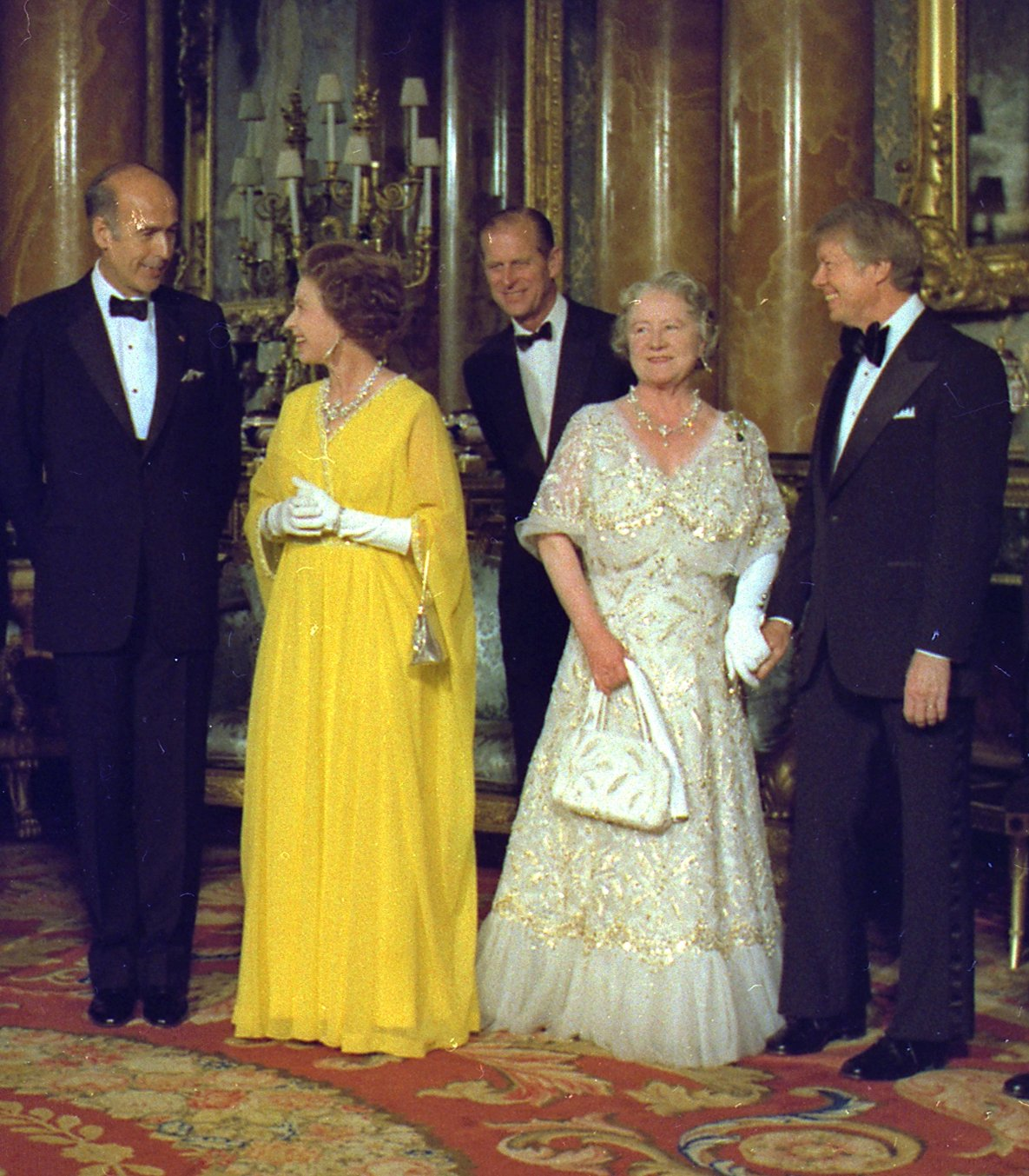 Valéry Giscard d'Estaing, Queen Elizabeth II, Prince Philip, Queen Elizabeth The Queen Mother, Jimmy Carter at the G7 Meeting, 1977