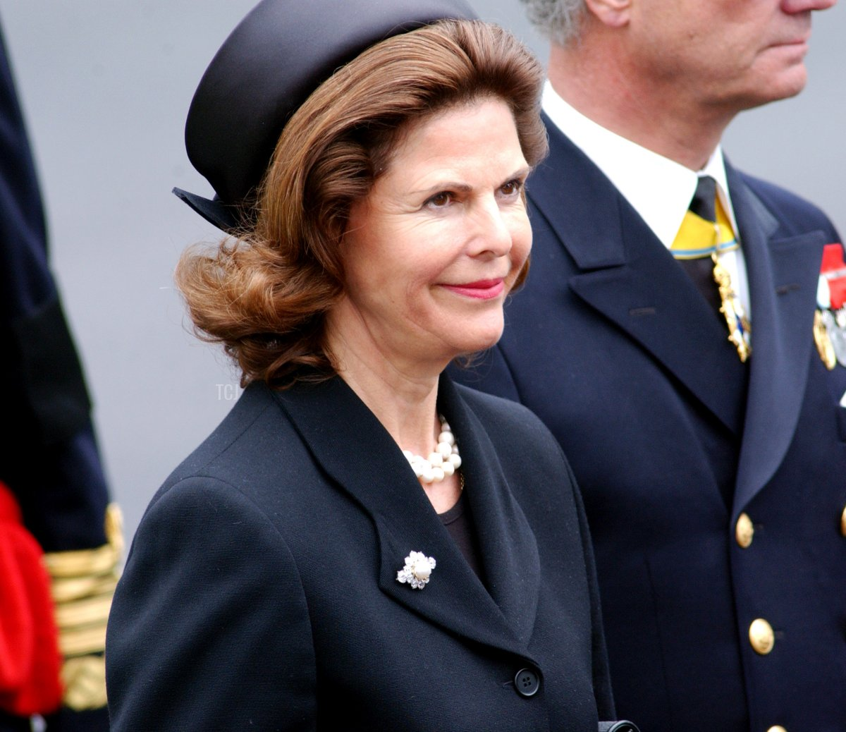 Queen Silvia of Sweden leaves Westminster Abbey following the state funeral of the Queen Mother April 9, 2002 in London
