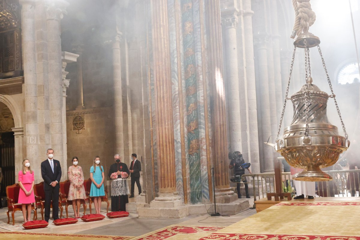 This handout image provided by the Spanish Royal Household shows Princess Leonor, King Felipe of Spain, Queen Letizia of Spain and Princess Sofia at the national offering to the apostle Santiago on Santiago's regional festivity at Santiago's Cathedral on July 25, 2021 in Santiago de Compostela, Spain