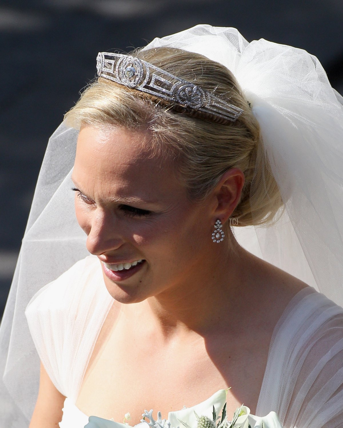 Zara Philips leaves Canongate Kirk on the afternoon of her wedding to Mike Tindall on July 30, 2011 in Edinburgh, Scotland
