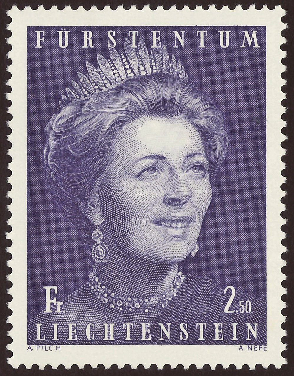 """Stamp of the Principality of Liechtenstein; 1971: definitive stamp of the issue """"Princely Family""""; stamp motive with a portrait of Princess Gina of Liechtenstein; mint stamp"""