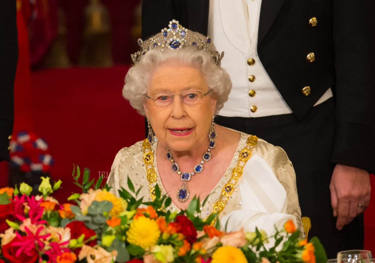 Queen Elizabeth II and Colombia's president Juan Manuel Santos attend a State Banquet at Buckingham Palace on November 1, 2016, in London, England