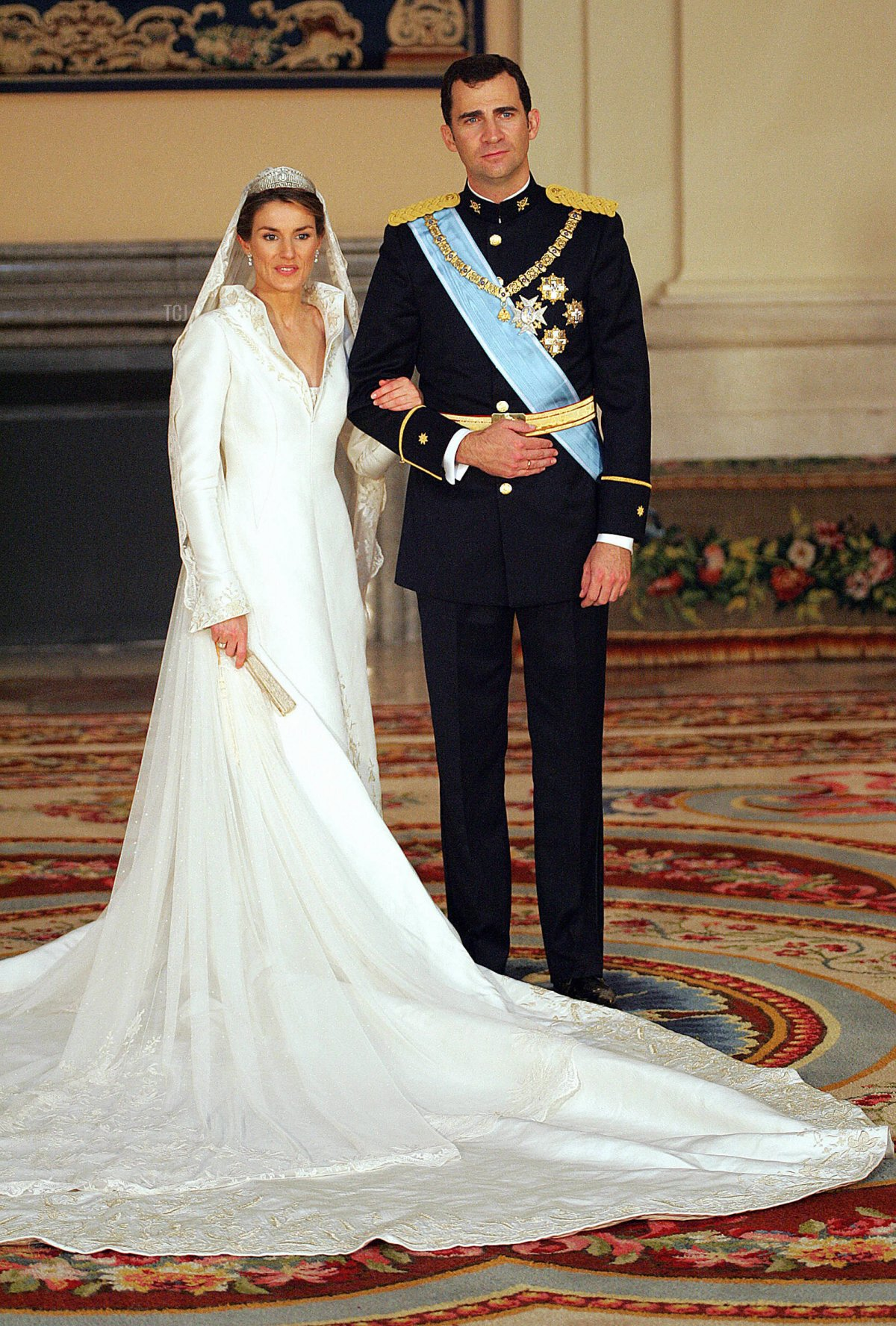 Spanish Crown Prince Felipe of Spain and his wife Princess of Asturias Letizia Ortiz pose inside the Royal Palace in Madrid 22 May 2004
