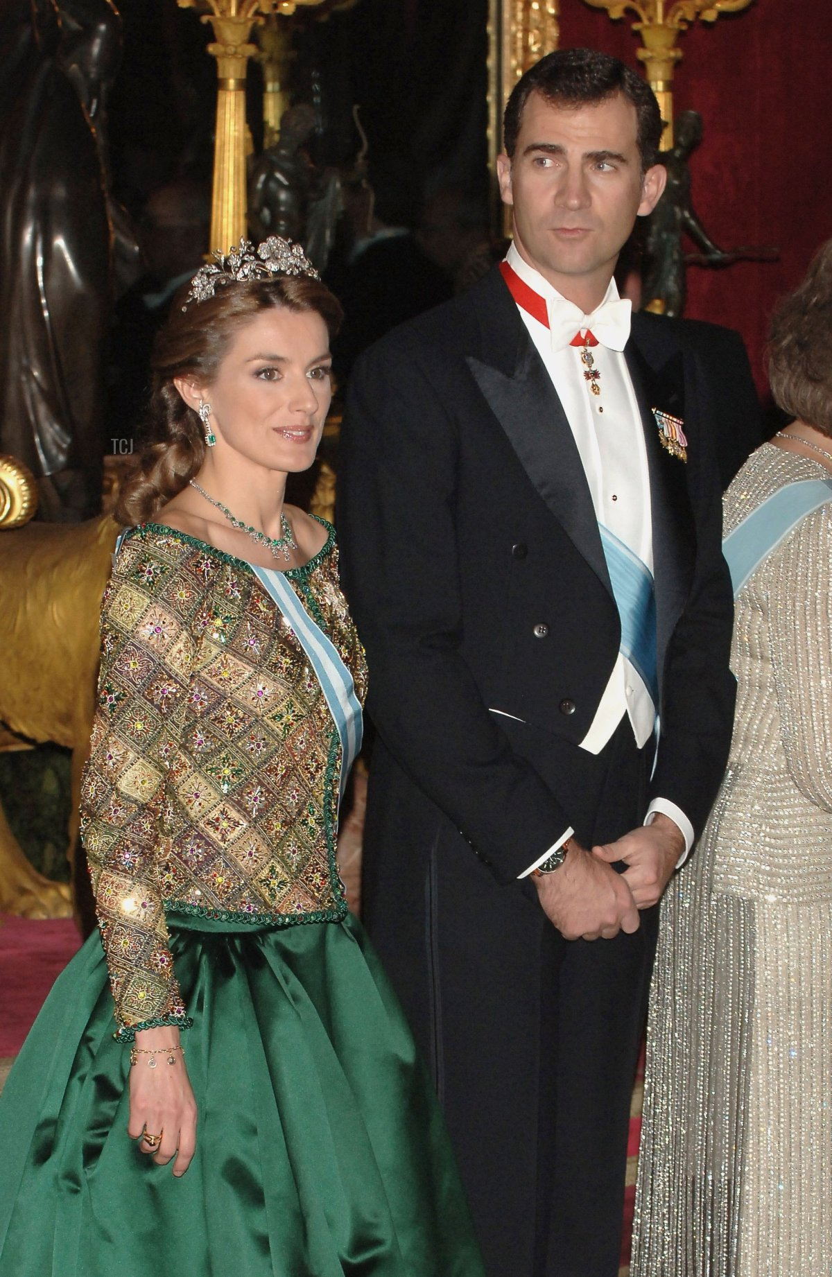 Crown Prince Felipe and Princess Letizia of Spain attend an official dinner in honour of Russian President Vladimir Putin at the Royal Palace, on February 8, 2006 in Madrid, Spain