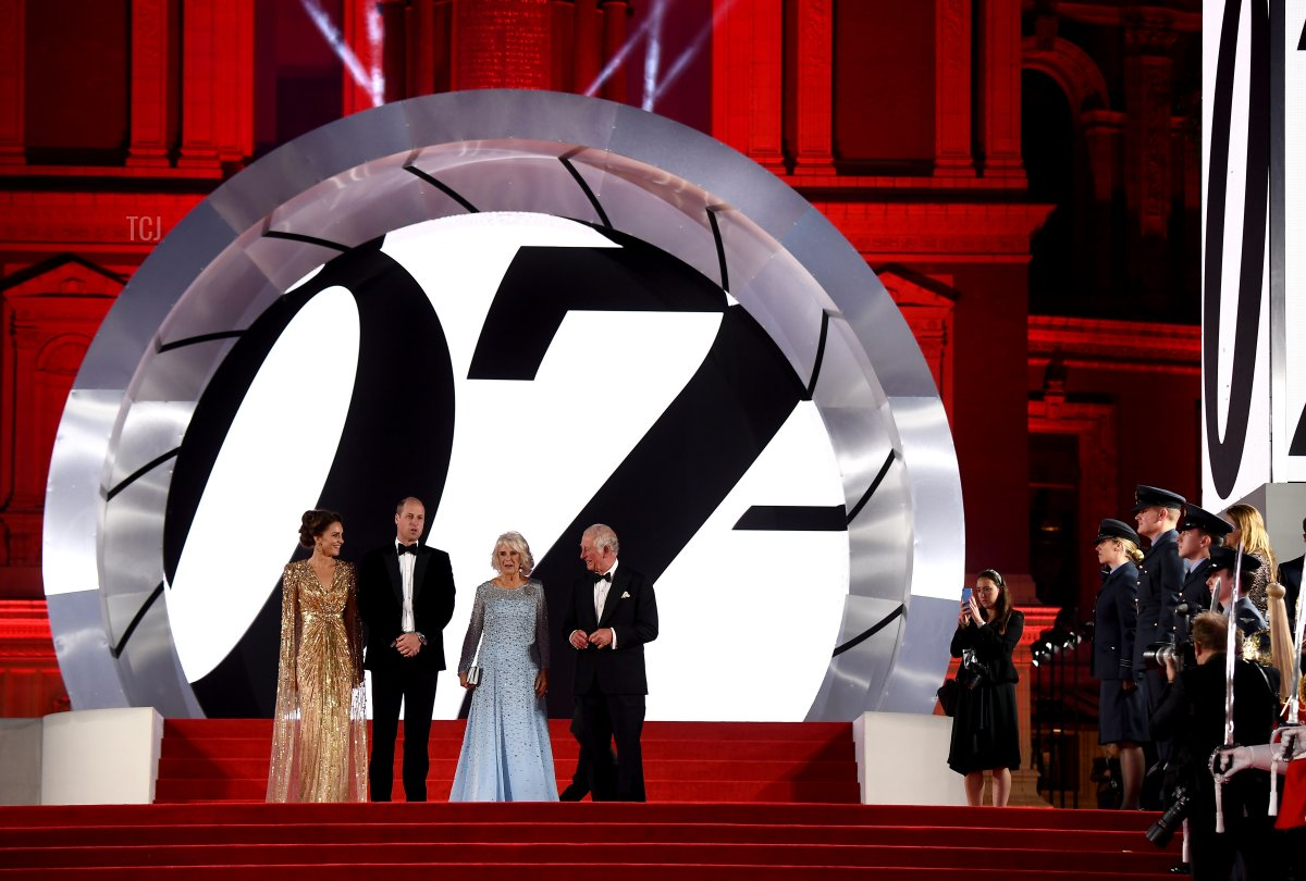 """Catherine, Duchess of Cambridge, Prince William, Duke of Cambridge, Camilla, Duchess of Cornwall and Prince Charles, Prince of Wales at the World Premiere of """"NO TIME TO DIE"""" at the Royal Albert Hall on September 28, 2021 in London, England"""