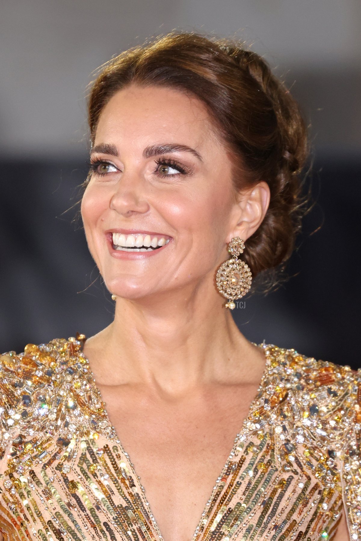"""Catherine, Duchess of Cambridge attends the """"No Time To Die"""" World Premiere at Royal Albert Hall on September 28, 2021 in London, England"""