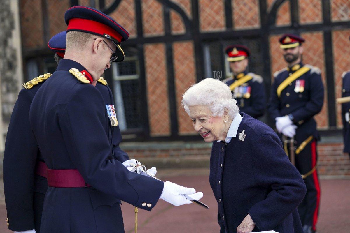 Queen Elizabeth II meets members of the Royal Regiment of Canadian Artillery at Windsor Castle, on October 6, 2021 in Windsor, England