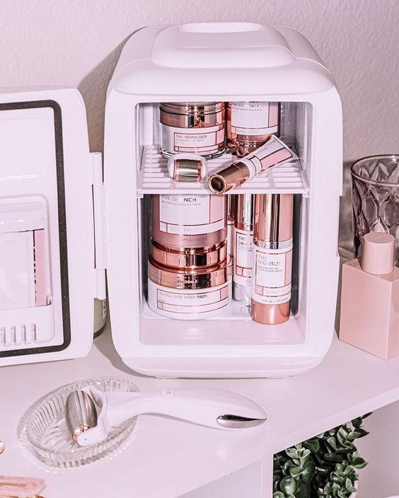 Μίνι ψυγεία καλλυντικών: η πολυτέλεια που χρειάζεσαι - The Cover