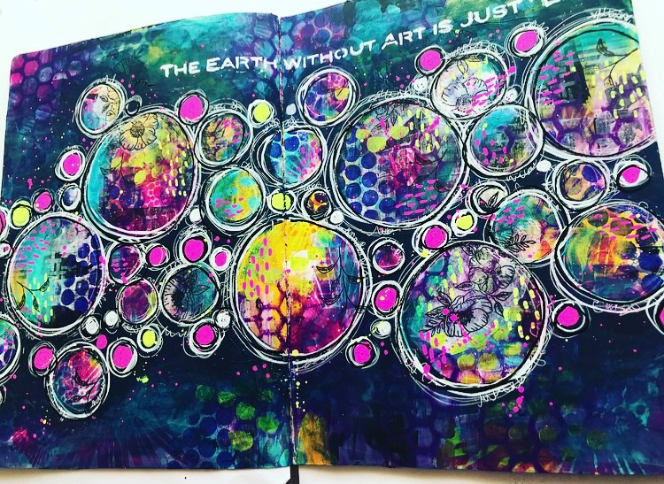 Art Journal page with colorful circles and navy background #TCWstencillove Tammy Klingner Tambarambaa