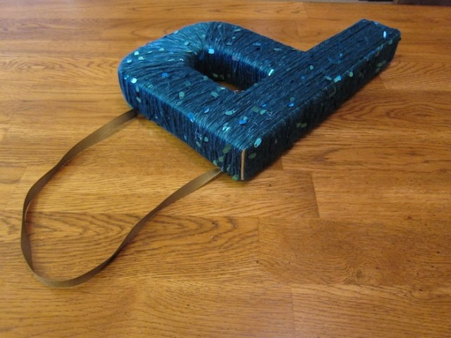 cardboard_letter_P_wreath19