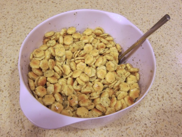 chez_moi_oyster_crackers1