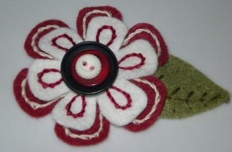 felt_flower_pins2