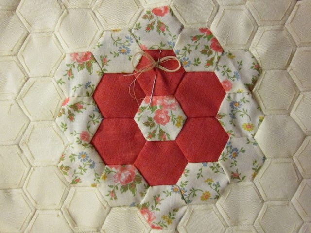 paper_piecing_pillow3