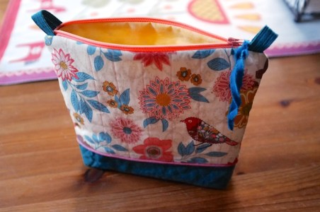 zippered_pouch_liz_1