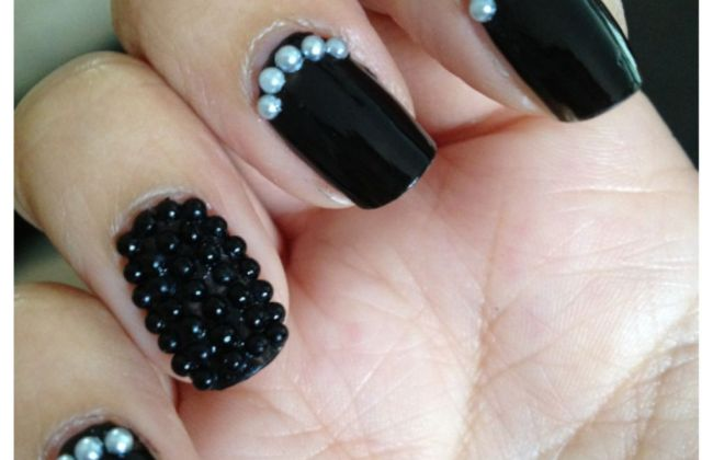 caviar pearl bead nail