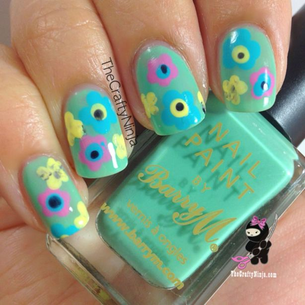 Mint Flower Nails
