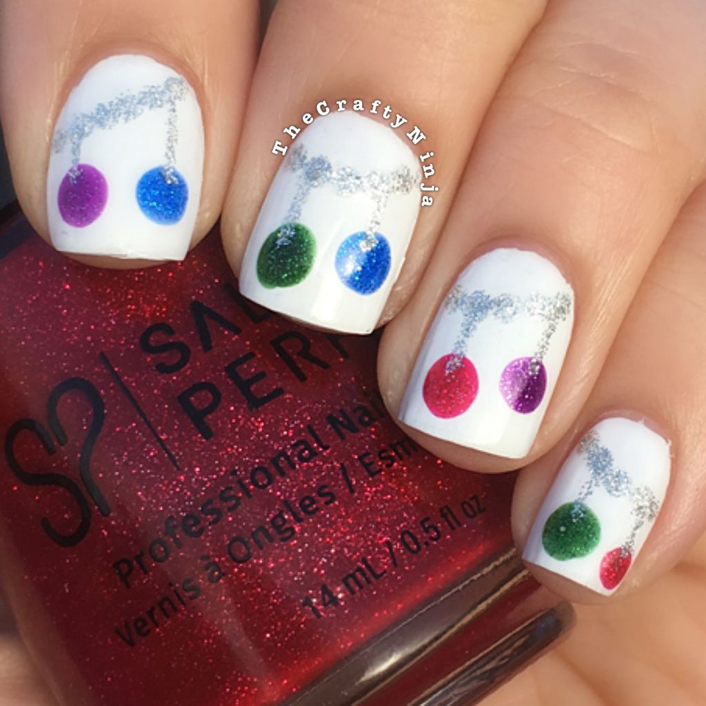 Easy Winter Christmas Nails | The Crafty Ninja
