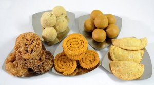 Traditional Diwali Sweets and Snacks at home.