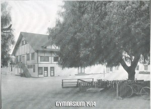 Gymnasium 1914