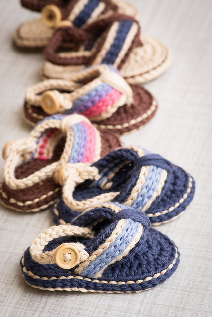 Sporty Flip Flop Baby Sandals by Two Girls Patterns