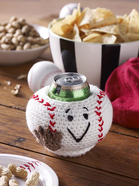 FREE Baseball Can Cozy by Sue Harnach