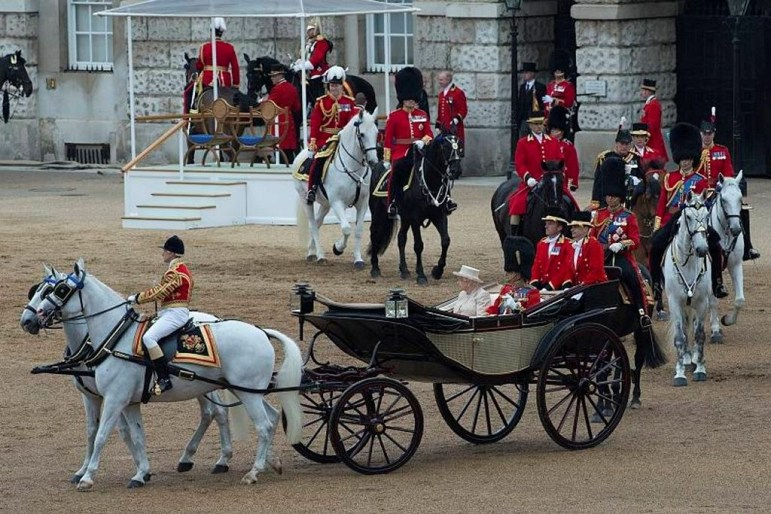 Apply for 2019 Trooping the Colour tickets - ballot open now