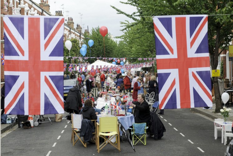 Hundreds of strret parties took place for the Diamond Jubilee. Peter Phillips hopes the same will happen again next year.