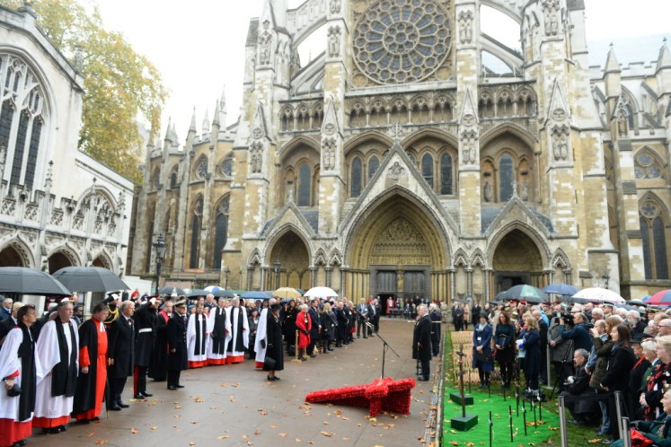 Prince Harry and The Duke of Edinburgh open the Field of Remembrance at Westminster Abbey. Picture by Andrew Parsons / i-Images