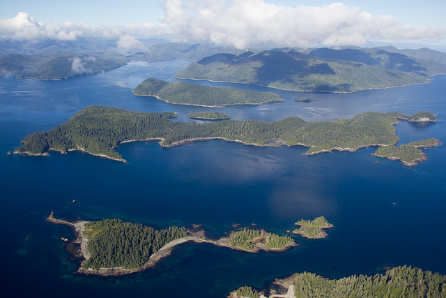 William and Kate will be canoeing around the islands of Haida Gwaii (David Will/Island Conservation)