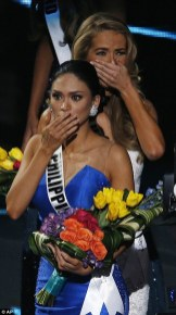 2F8AA5A100000578-3368439-Wurtzbach_and_Miss_USA_Olivia_Jordan_were_both_shocked_when_Harv-m-198_1450679611706