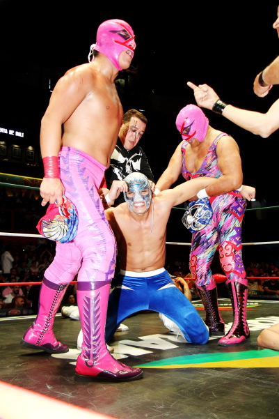 CMLL weekend results, The Crash cage match   luchablog