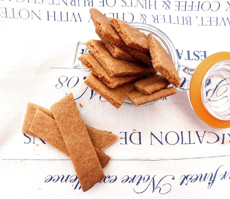 Kolasnittar (Swedish Syrup Cookies)