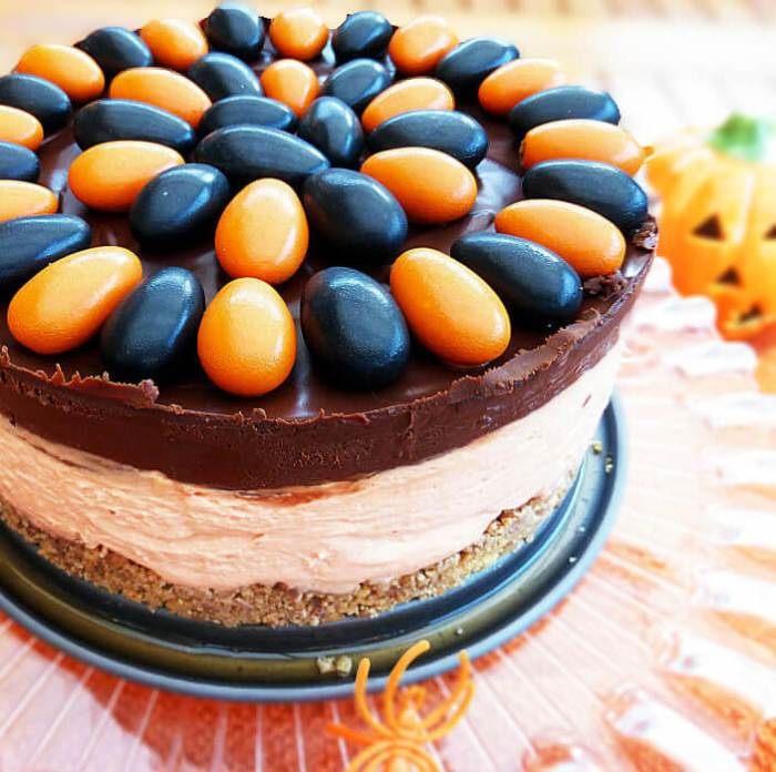 Halloween No-Bake White Chocolate Cheesecake