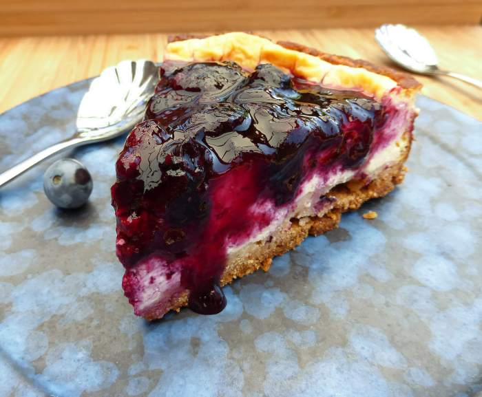Baked Greek Yoghurt Cheesecake with Blueberry Compote