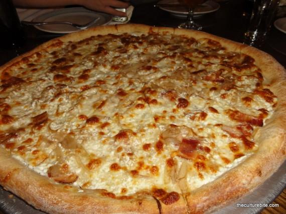 Pi Bar Cheese Onion Pizza