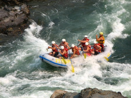 white water rafting in bc