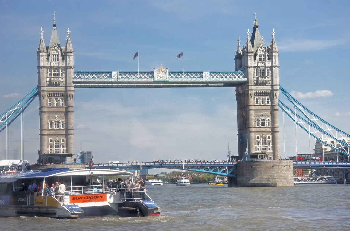 Getting the Thames Clipper to Greenwich, London