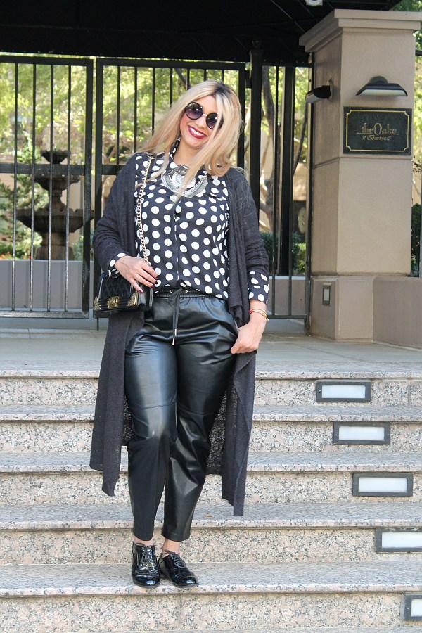 curvy fashion blogger saskia