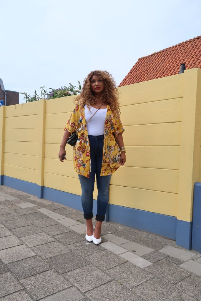 PLUS SIZE LOOK BOOK
