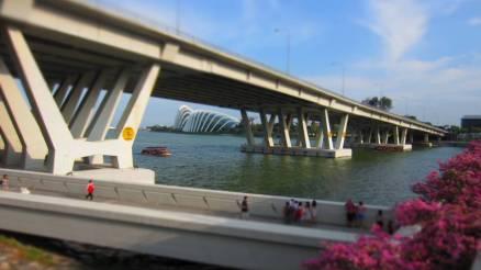 Singapore 106